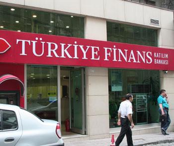 s-Turkiye-Finans---Druh-Scoff